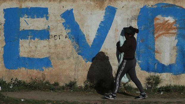 En El Alto, bastión de Evo Morales, las protestas piden mayoritariamente el regreso del líder indígena y la salida de Áñez. (EFE)