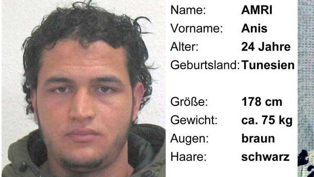 Anis Amri, tunecino de 24 años presuntamente implicado en el mortal atentado del lunes en Berlín.