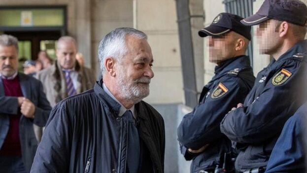 José Antonio Griñán fue sentenciado a seis años de prisión, era ex presidente de Andalucía por el PSOE. (EFE)