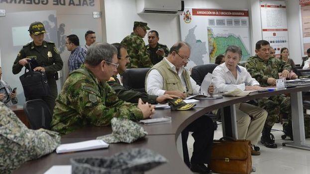 Juan Manuel Santos presidió este lunes en Arauca el Consejo Extraordinario de Seguridad. (@JuanManSantos)