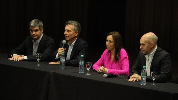 El presidente electo de Argentina, Mauricio Macri, en la conferencia de prensa de este lunes. (Twitter)