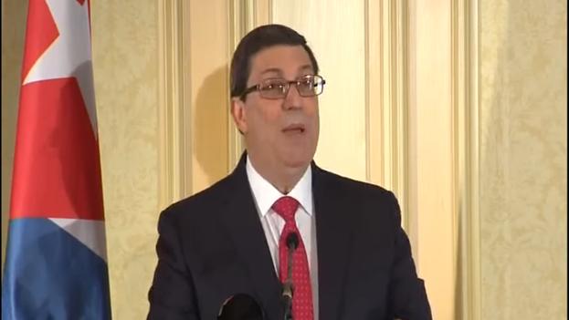 El ministro de Asuntos Exteriores, Bruno Rodríguez, durante una rueda de prensa celebrada este lunes en Viena. (MINREX)