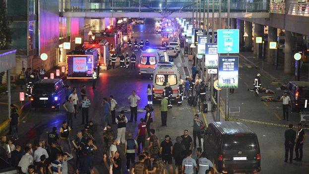 Atentado terrorista en Turquía deja medio centenar de muertos. (EFE)