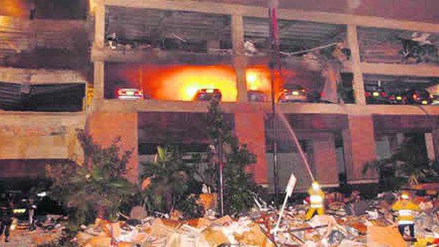Atentados cometido por las FARC contra el Club El Nogal, en Bogotá, donde murieron 36 personas el 7 de febrero de 2003. (El Tiempo)