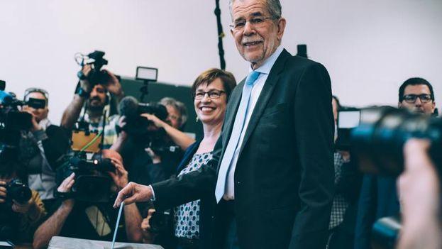 El nuevo presidente de Austria, Alexander Van der Bellen. (Amélie Chapalain/Facebook)
