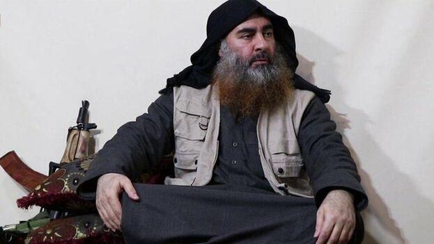 """Al Bagdadi declara que """"la batalla del islam contra los cruzados es larga"""", pese a la derrota del EI en Siria el pasado marzo. (Captura)"""