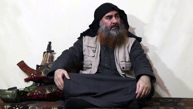 Al Bagdadi se suicidó con un cinturón de explosivos al final de un túnel, junto a sus tres hijos, al ser perseguido por comandos estadounidenses. (Archivo)