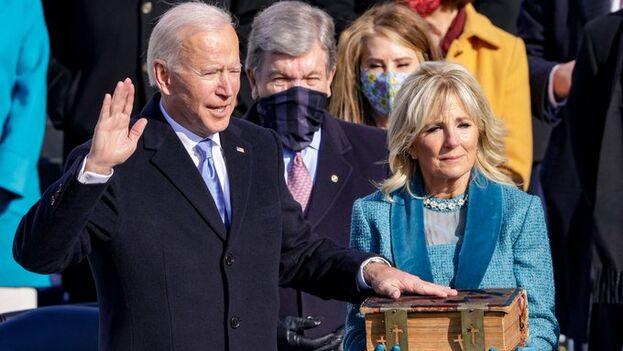 Biden jura su cargo como presidente de EE UU. (Captura)