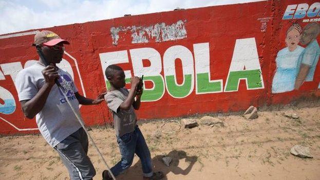 La región donde ha surgido el brote de ébola es Bikoro, un lugar remoto a más de 200 kilómetros de la capital provincial. (EFE)