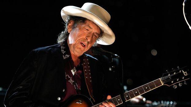 Bob Dylan ganó este jueves el premio Nobel de Literatura 2016 por haber creado una nueva expresión poética dentro de la gran tradición de la canción americana. (EFE)