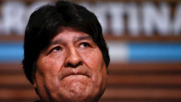 El expresidente de Bolivia Evo Morales en una rueda de prensa en Buenos Aires, donde se encuentra. (EFE/Juan Ignacio Roncoroni)