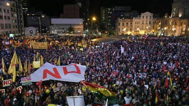 Bolivia acogió dos marchas, una para pedir la reelección de Morales y otra para rechazarla, como se decidió en referendum. (@plurinacional)