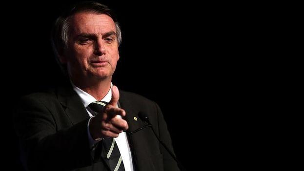 """Bolsonaro explicó que llamó por teléfono al presidente de Colombia, Iván Duque, para mostrarle su """"solidaridad"""" por el """"ataque terrorista"""" del jueves. (EFE/Archivo)"""