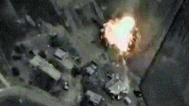 Bombardeo de Siria desde un avión ruso. (Captura de vídeo)