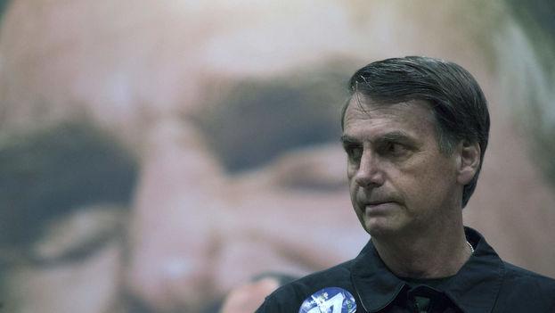 """El presidente electo de Brasil, Jair Bolsonaro, se comprometió este sábado a """"consolidar"""" en América Latina la """"nueva línea"""". (EFE)"""