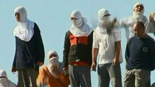 La policía de Brasil liberó a cerca de 100 familiares de presos retenidos durante el motín. (Captura de pantalla)