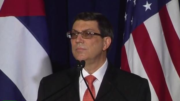 """El canciller cubano advirtió de que se abre un largo camino, debido a las diferencias que persisten entre los dos Gobiernos sobre varios asuntos. """"Es grande el desafío, ya que EE UU y Cuba nunca tuvieron relaciones normales pese a siglo y medio de intercambios entre sus pueblos"""", agregó"""
