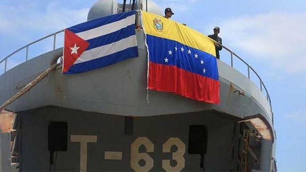 Buque venezolano con ayuda humanitaria a Cuba. (EFE)