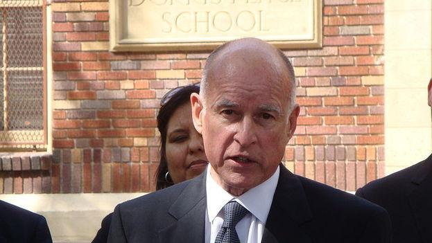 El gobernador de California, el demócrata Jerry Brown, se ha opuesto activamente a muchas de las políticas del presidente Trump. (Neon Tommy/Wikimedia)