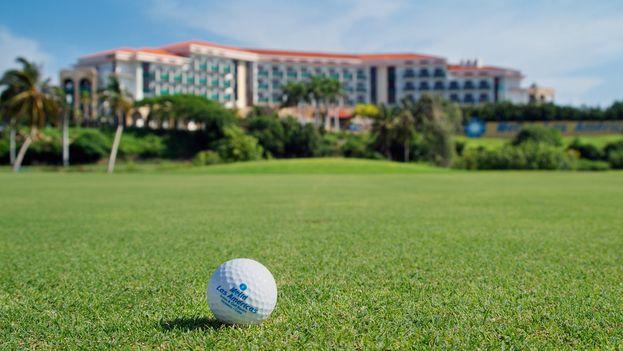 Campo de golf de uno de los hoteles Meliá en Cuba. (EFE)