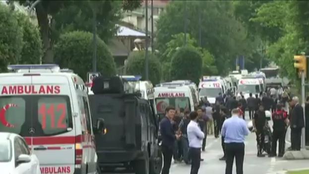 Captura de un vídeo tomado en la zona acordonada tras la explosión, en el centro turístico de la ciudad. (Twitter)
