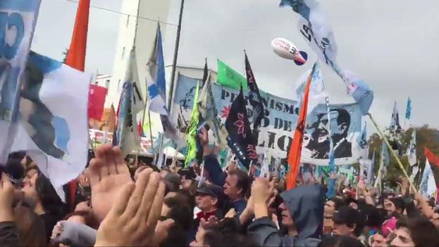 Captura de vídeo tomado en la manifestación a favor de Cristina Fernández de Kirchner