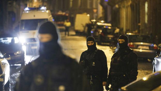Captura de vídeo de la operación antiterrorista en Lieja, Bélgica