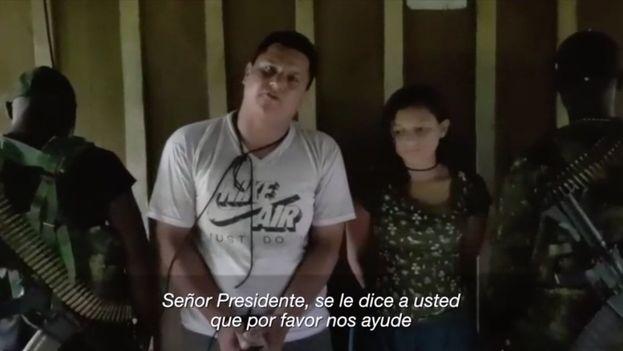 Captura del vídeo en el que los secuestrados piden ayuda a Moreno.