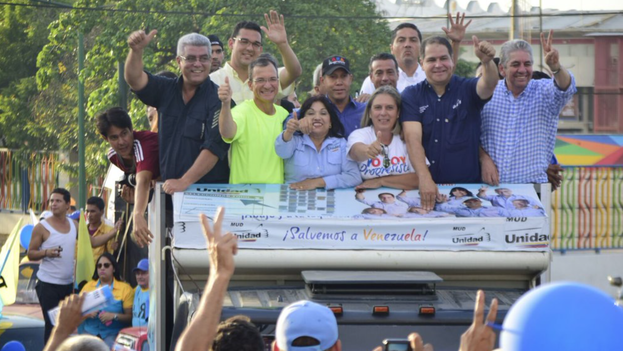 """La oposición arranca su """"Caravana por el Cambio"""" en Venezuela con el hashtag #HoyArrancaElCambio. (@AlfredoARamos/Twitter)"""