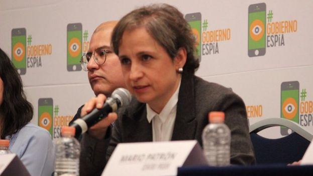 La periodista mexicana Carmen Aristegui participó en la conferencia de prensa que denunció el presunto espionaje por parte del Gobierno federal de México a periodistas y defensores de los derechos humanos. (@israellorenzana)