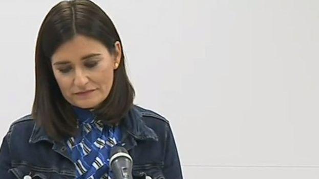 Carmen Montón la noche de este martes al comunicar su dimisión en una comparecencia sin preguntas en el ministerio de Sanidad. (EP)