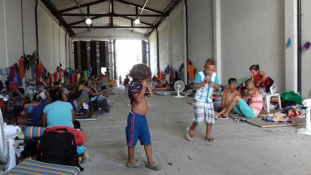 Centenares de cubanos se encuentran varados en Colombia luego de que Panamá cerrara sus fronteras al paso de inmigrantes (cortesía)