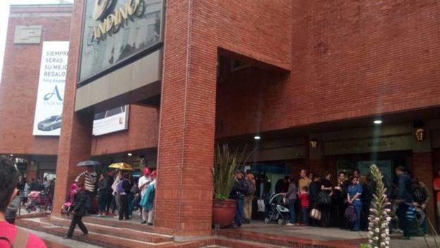 Centro comercial Andino donde un atentado se cobró la vida de tres personas. (Caracol Radio)