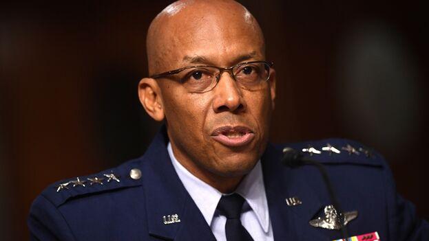 Charles Q. Brown Jr era hasta la fecha comandante de las Fuerzas Aéreas del Pacífico. (EFE/EPA/Kevin Dietsch/Archivo )