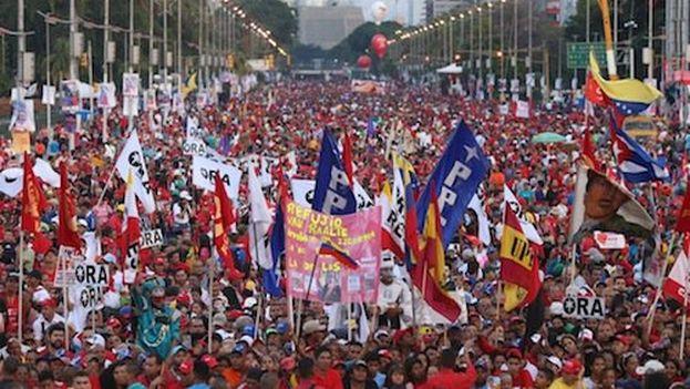 Cierre de campaña del chavismo en Caracas. @NicolasMaduro)