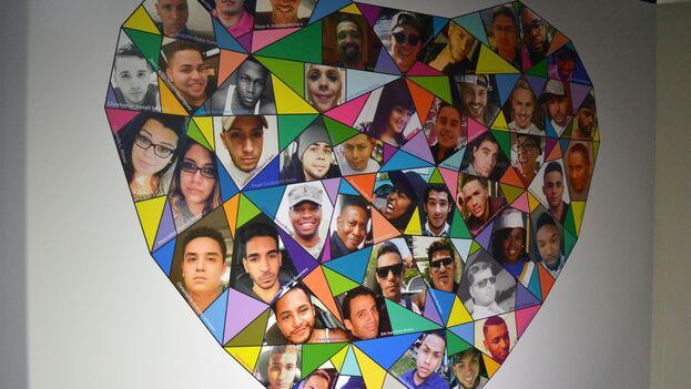 Collage con las 49 víctimas del tiroteo en la discoteca Pulse, parte de la exhibición 'Community: Five Years After the Pulse Tragedy', en la sede de la organización en Orlando, Florida. (EFE/The History Center)