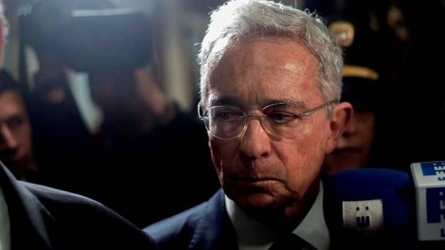 El expresidente de Colombia Álvaro Uribe, hoy en detención domiciliaria. (EFE/Juan Zarama/Archivo)