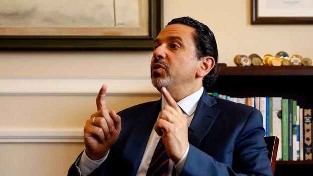 El alto comisionado para la Paz en Colombia, Miguel Ceballos. (EFE/Mauricio Dueñas Castañeda/Archivo)