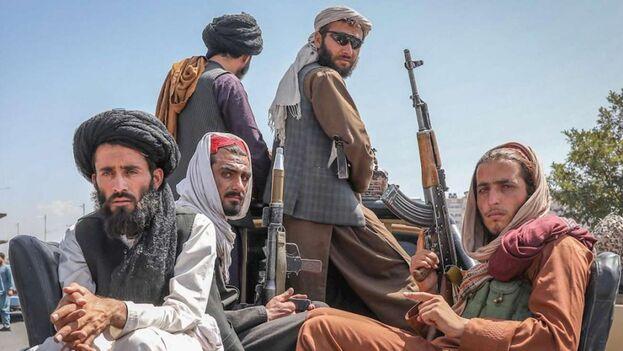Combatientes del grupo insurgente tienen al enemigo sitiado dentro de Panjshir. (EFE)