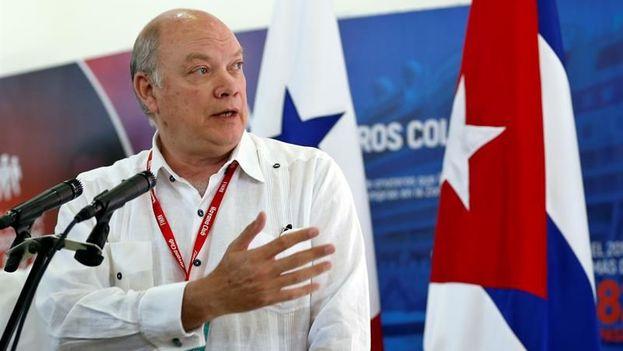 """El ministro cubano de Comercio Exterior, Rodrigo Malmierca, destaca el """"momento especial"""" en las relaciones entre las dos naciones. (EFE)"""