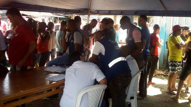 Comienza el censo de migrantes cubanos en Turbo, Colombia. (14ymedio)