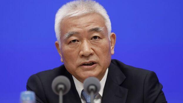 Han Wenxiu, subdirector de la Comisión de Asuntos Económicos y Financieros del Comité Central, señaló que el peso de las exportaciones e importaciones chinas en su economía ha bajado del 60% al 30% entre 2007 y 2019. (EFE)