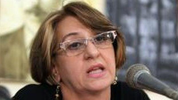 """""""Nunca nos hemos dedicado a analizar el sistema electoral de otro país"""", declaró la presidenta de la Comisión Electoral Nacional, Alina Balseiro. (EFE)"""