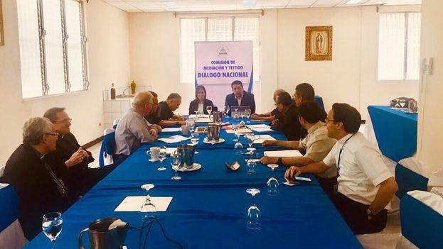 Reunión de la Comisión Interamericana de Derechos Humanos con la Conferencia Episcopal de Nicaragua que facilita el diálogo nacional. (@silviojbaez)