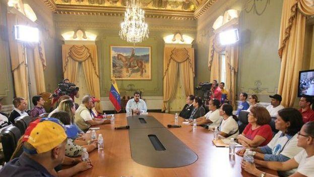 Maduro convocó este jueves la instalación de la Comisión por la Verdad, la Justicia y Reparación a Víctimas. (@NicolasMaduro)