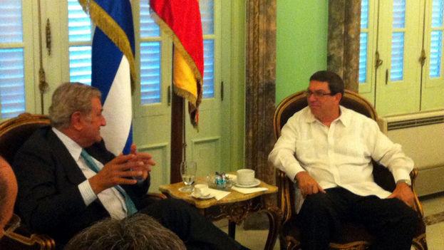 El presidente del Congreso español, Jesús Posada, y el ministro de Exteriores cubano, Bruno Rodríguez. (Congreso de España)