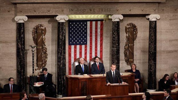 El presidente francés se dirigió al Congreso estadounidense subrayando las diferencias que mantiene con Donald Trump, con quien le une una buena relación person. (@EmmanuelMacron)