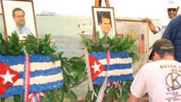 Conmemoración para el ataque contra los Hermanos al Rescate en 2011. (YouTube)