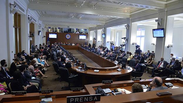 El Consejo Permanente de la Organización de los Estados Americanos. (OEA)