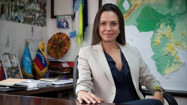 La líder opositora venezolana María Corina Machado en entrevista con Efe este 17 de enero, en Caracas. (EFE/ Rayner Peña R)